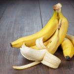 Подкормка томатов, баклажанов и перцев настоем банановой кожуры