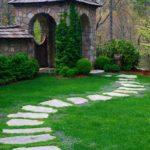 Как сделать красивые и удобные дорожки в саду