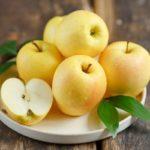 Яблоки Голден: описание сорта и советы по выращиванию